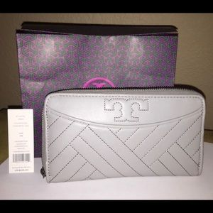 Tory Burch Alexa Soft Quilted Leather Wallet